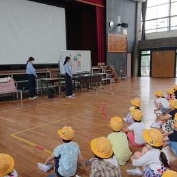1年生が交通安全教室を行いました。