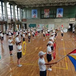 福寿小学校の伝統。鼓笛の練習をしています!